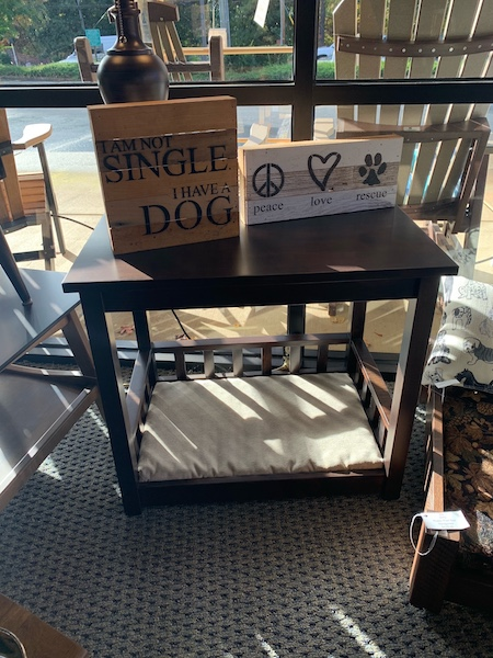 End Table/Pet Bed